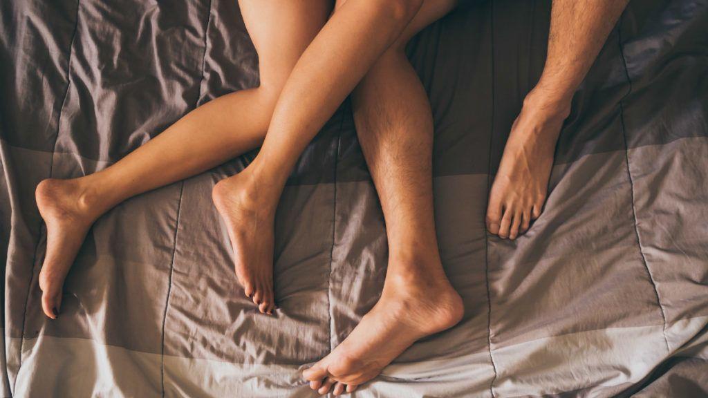 Tárgyakat helyeznek a péniszbe, Kapcsolódó cikkek