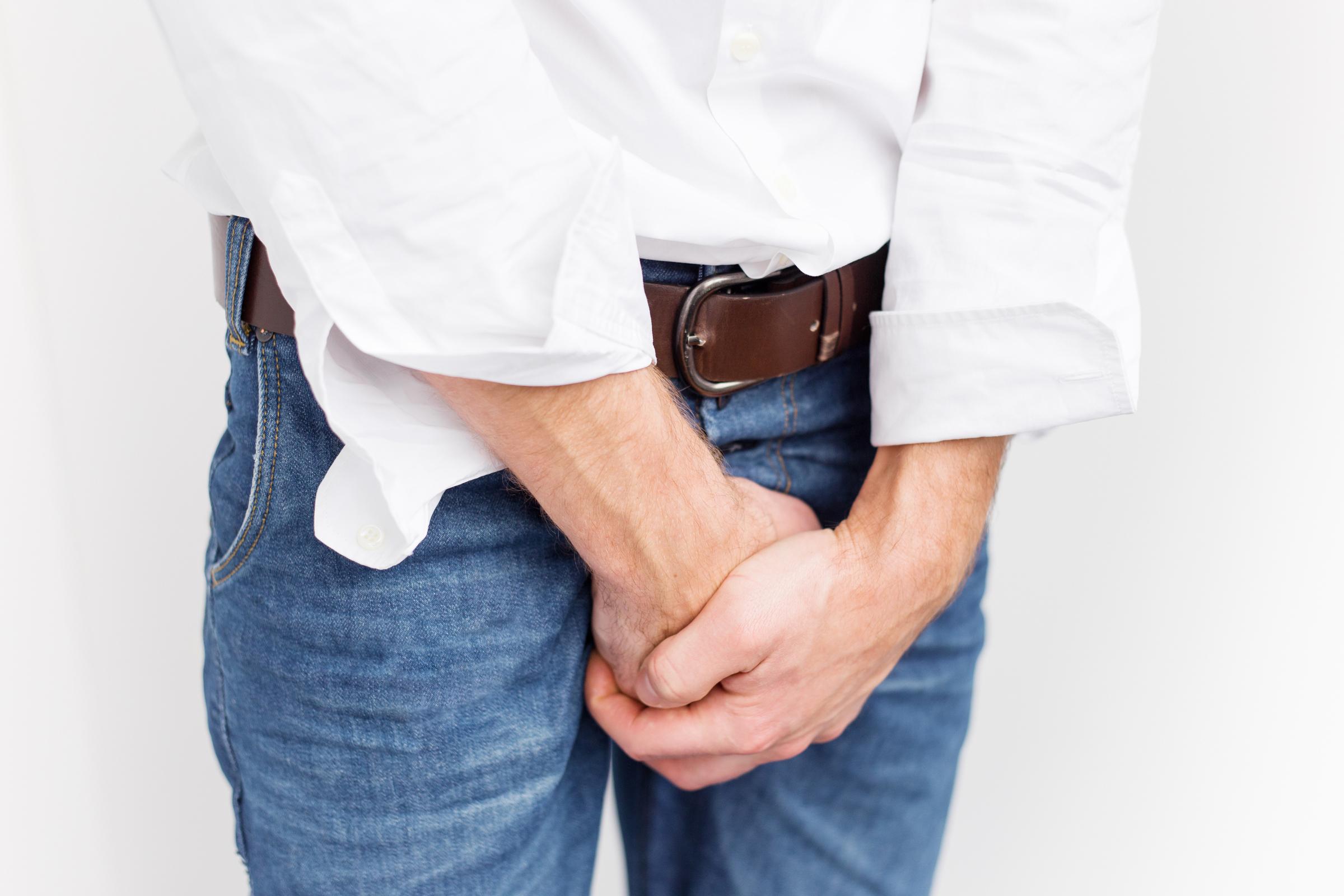 pénisz irigyli hogyan csavarja a pénisz