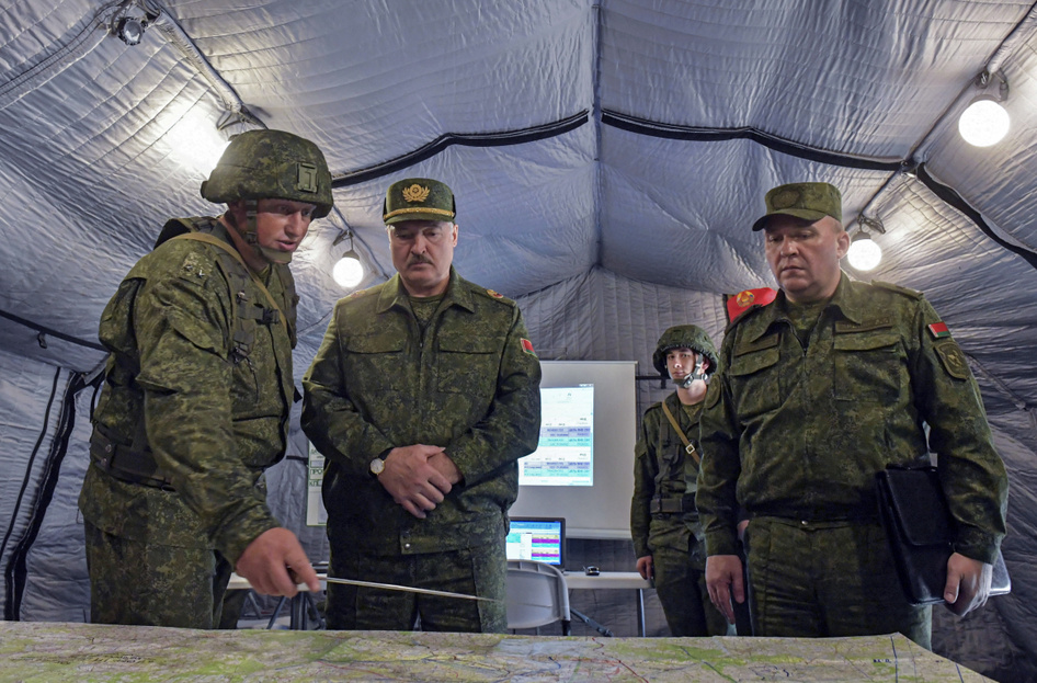 nincs erekció a hadseregben görögszéna az erekcióhoz