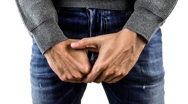 erekció az orvos videójánál