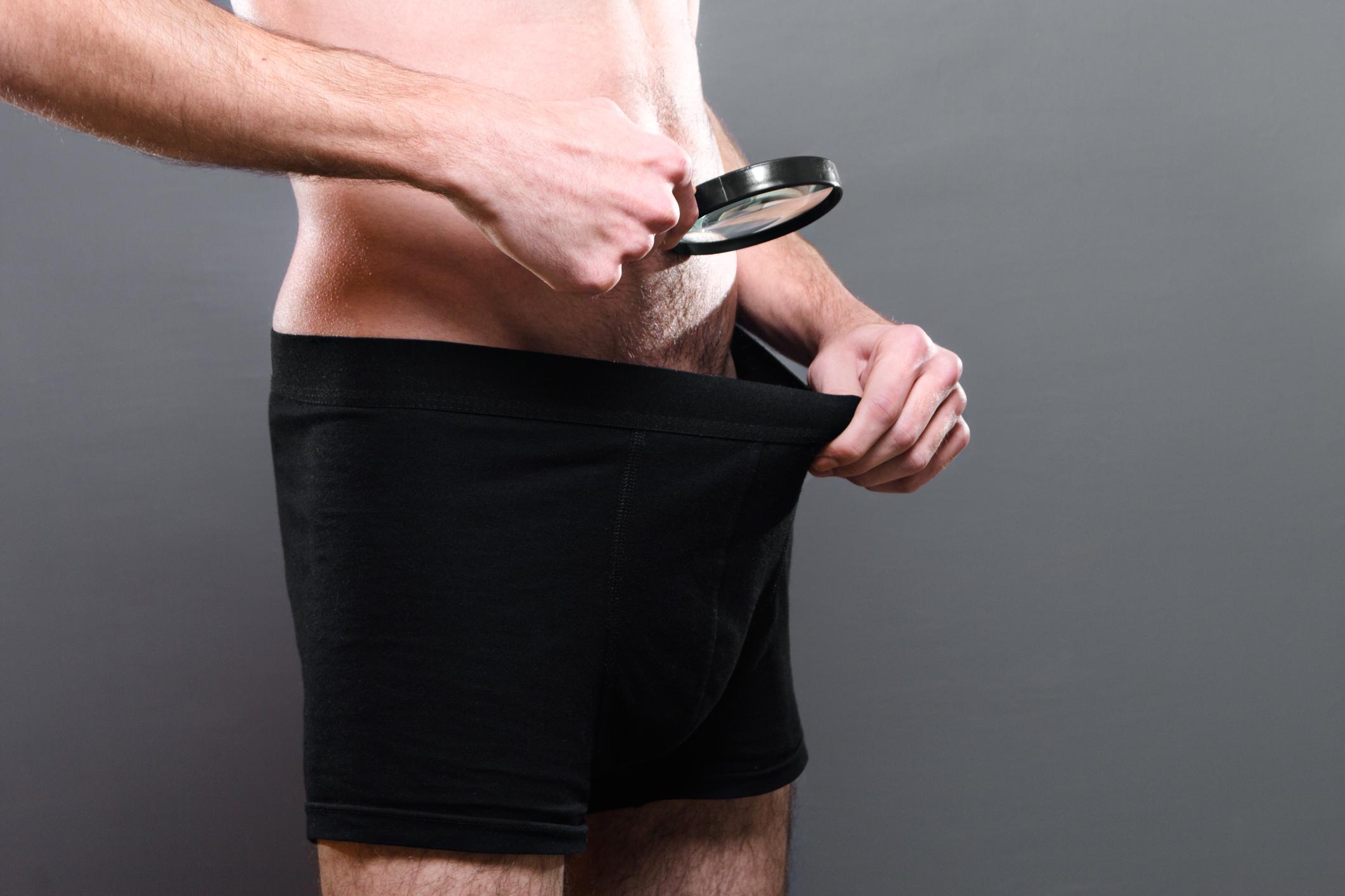 a pénisz meghosszabbításának módjai az ember félénk a péniszével kapcsolatban