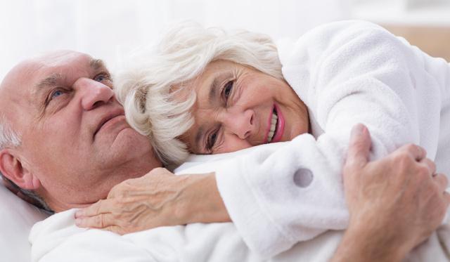 Csökken a pénisz mérete az életkor előrehaladtával? erekciós kenőcsök férfiaknak